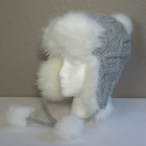 833acb00cc1bd Lands End Woman s Gray Cable Knit Faux Fur Hat